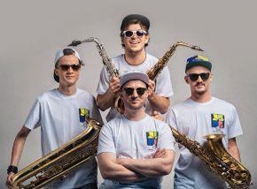 2x2 Saxophone Quartet и Лина Нова